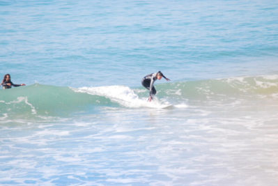 Surf lessons beginners,